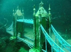 """подводный музей """"Аллея вождей"""""""
