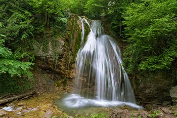 vodopad-dzhur-dzhur-v-krymu